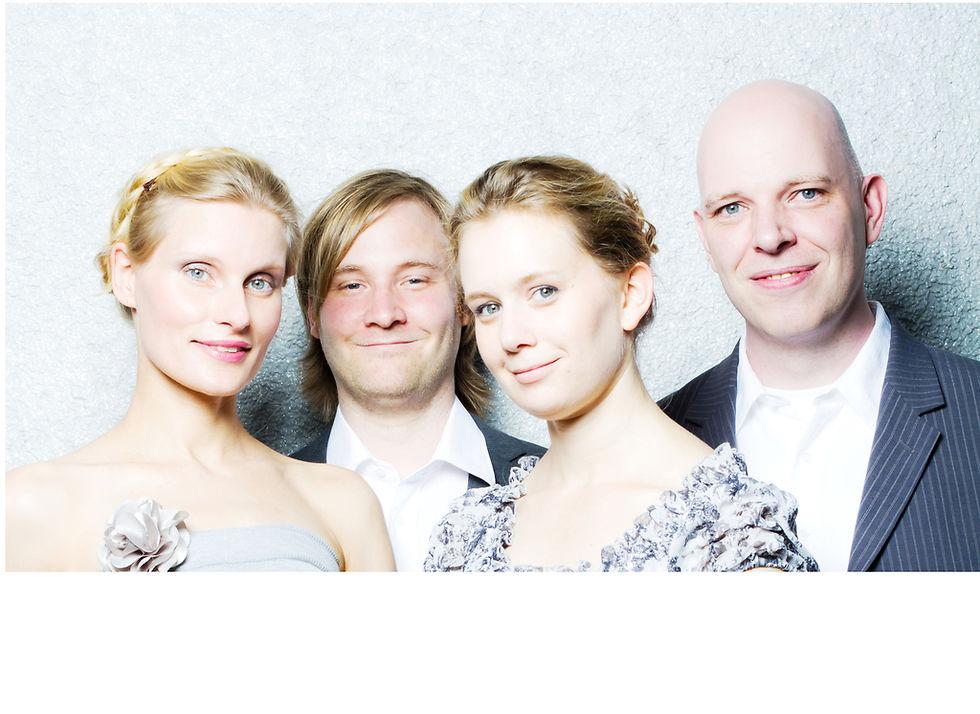Foto der vier Musiker*innen
