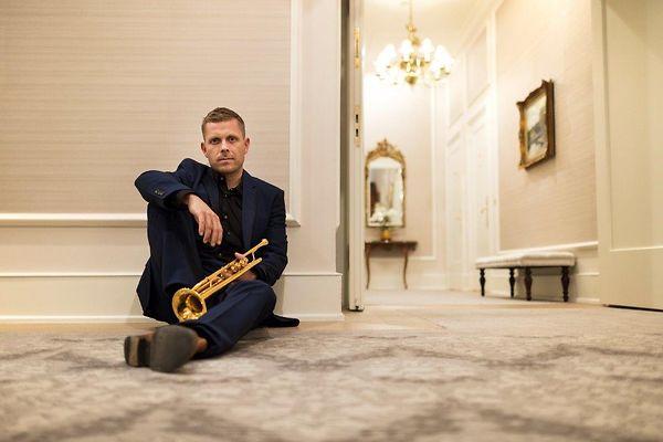 """Jazztrompeter Nils Wülker ist der künstlerische Leiter von """"Jazz im Pferdestall 2019"""""""
